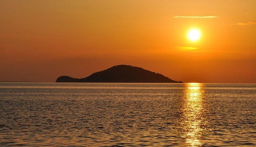 Kelyfos (turtle) island