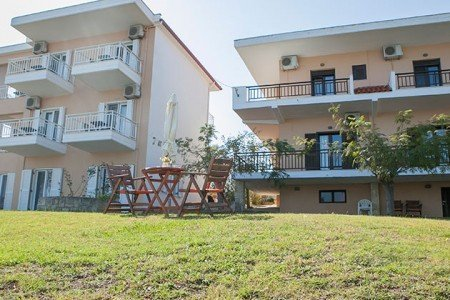 Zephyros Apartments Afitos Halkidiki