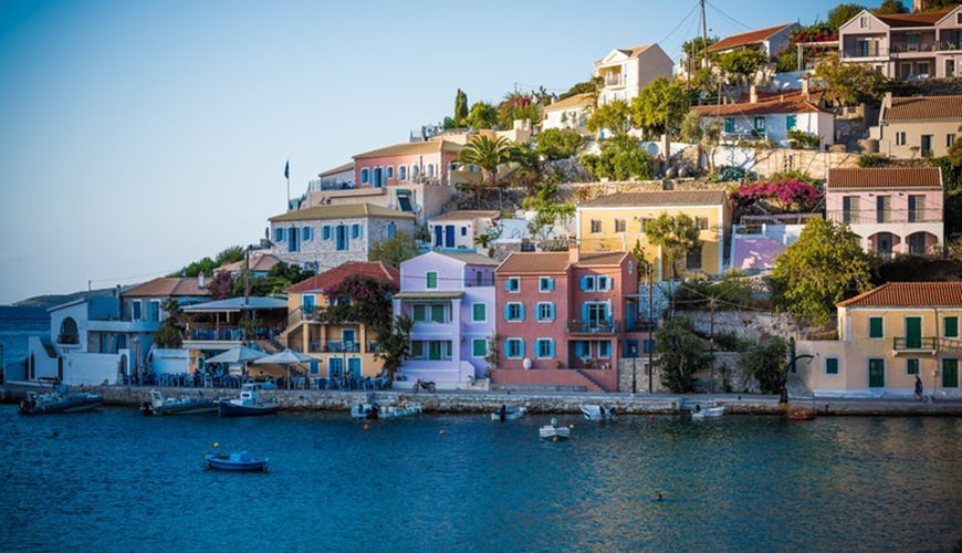 6 Reasons Why You Should Spend Your Next Vacation In Greece